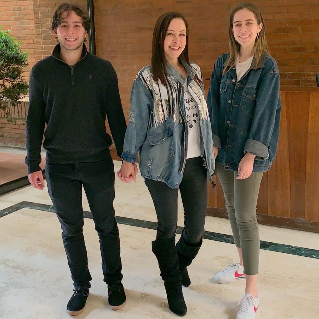 Hijos de Flavia Dos Santos
