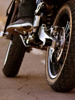Dos motociclistas muertos en accidentes en puentes de Bogotá