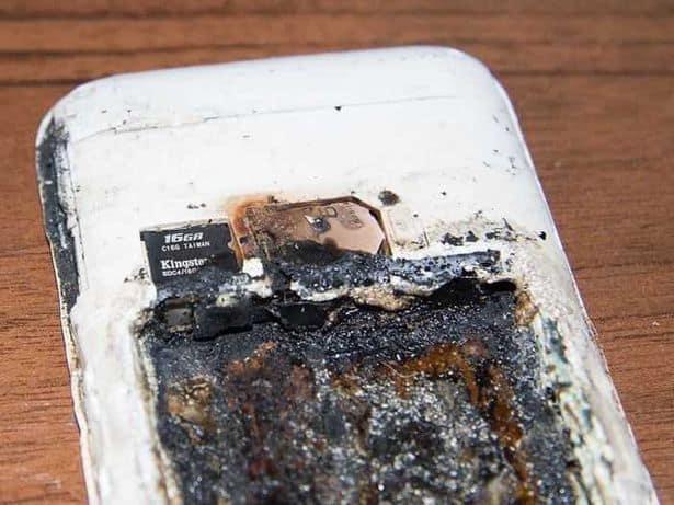 Celular quemado