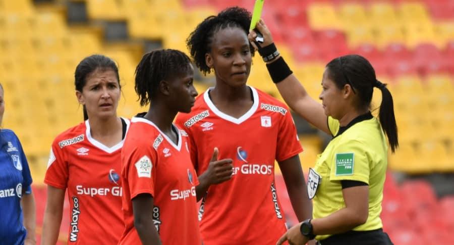 Tarjetas fútbol femenino