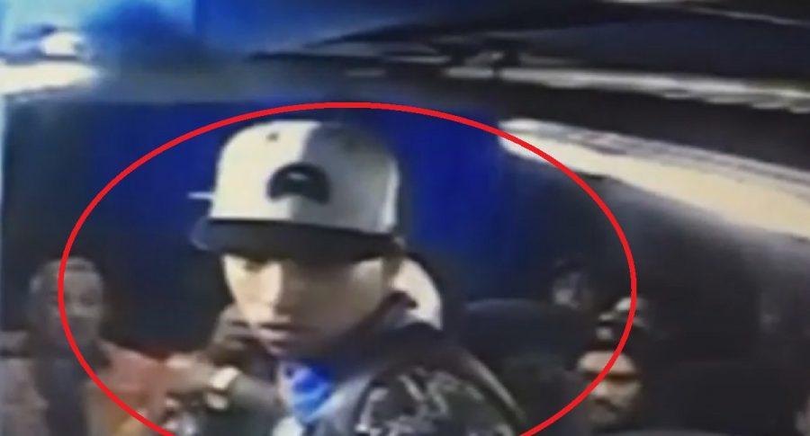 Ladrón en bus intermunicipal