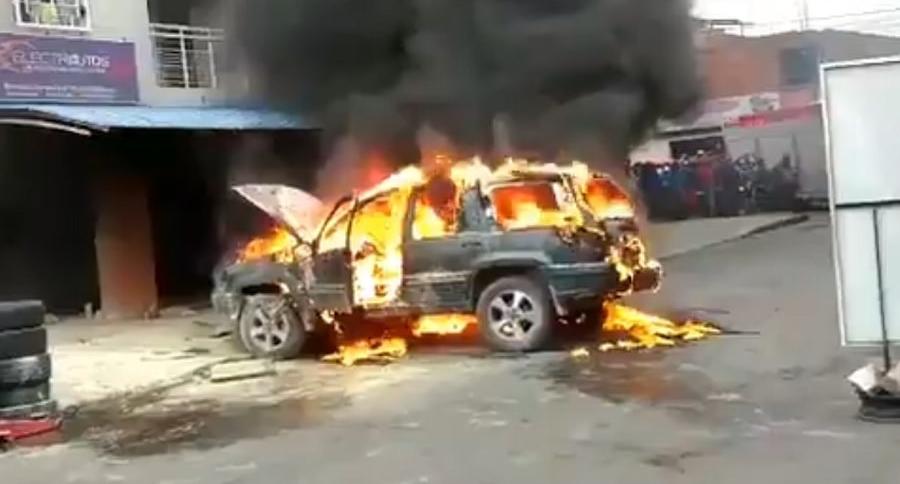 Carro que explotó en Cali