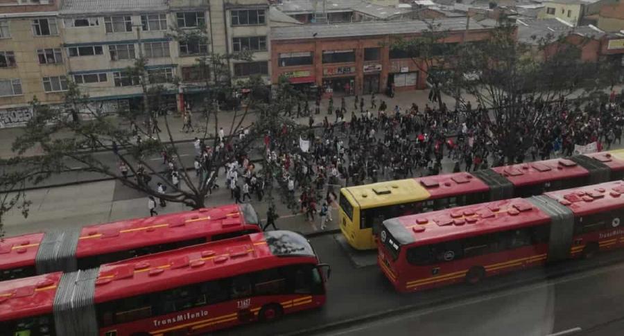 Bloqueos en Avenida Caracas