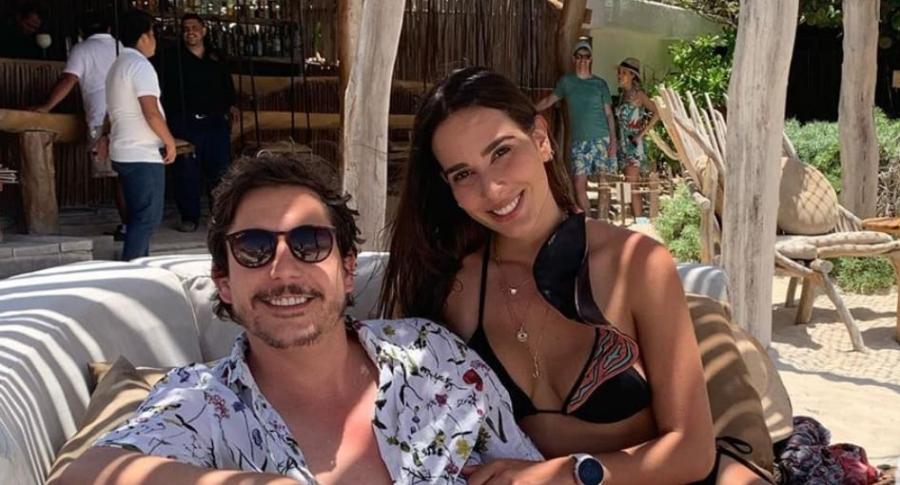 Alejandro Riaño, humorista que hace de Juanpis González, y su esposa María Alejandra Manotas.