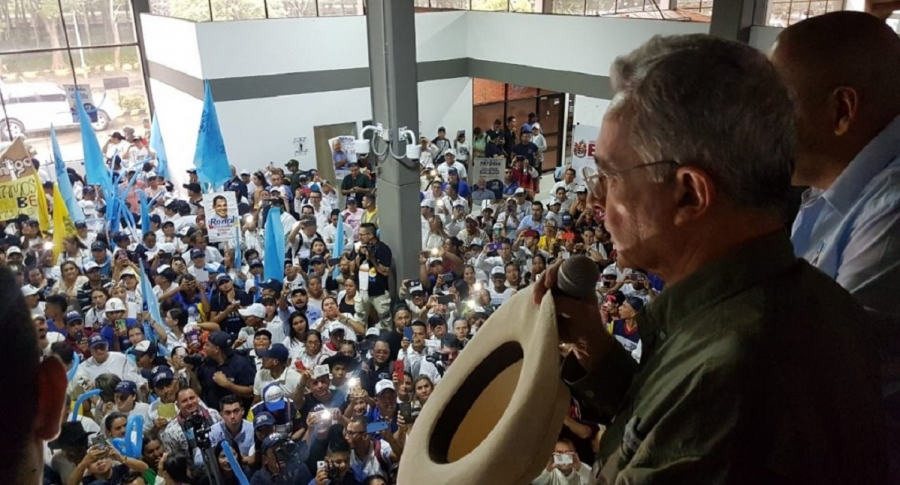 Álvaro Uribe en Arauca