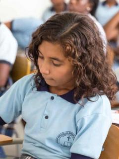 Conflicto armado truncó proceso educativo de unos 10.000 niños colombianos en 2019: ONG