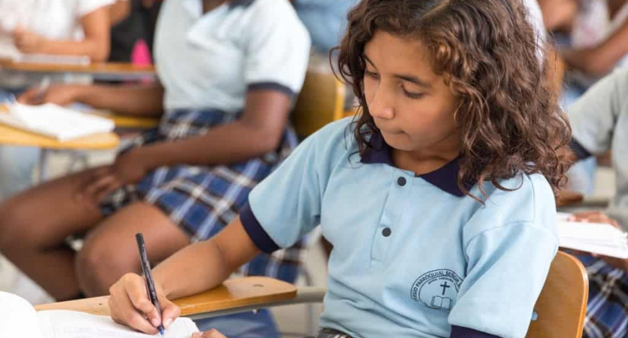 Estudiante de colegio Colombia