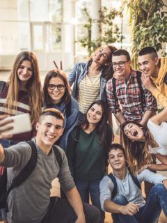 Estado contratará miles de jóvenes sin experiencia laboral en todas sus entidades públicas