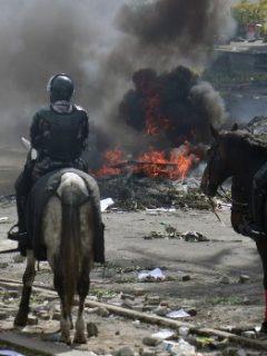 Sube a 7 la cifra de muertos por enfrentamientos entre indígenas y policía, en Ecuador