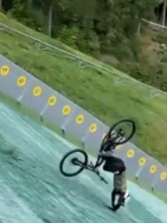 Aparatosa caída de ciclista que saltó de una rampa de esquí a 140 metros de altura