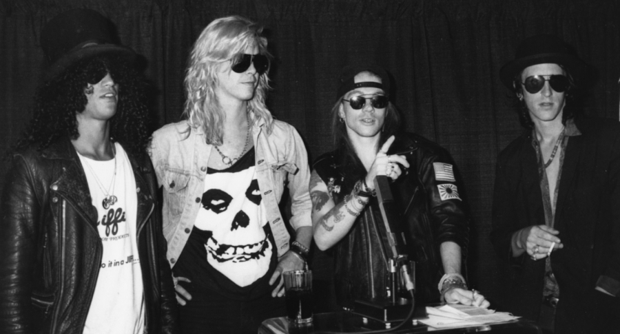 Slash, Duff McKagan, Axl Rose e Izzy Stradlin