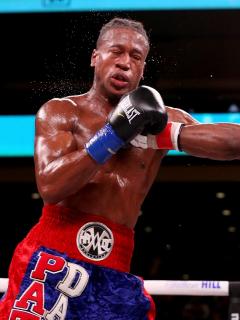 Falleció boxeador que fue noqueado y tuvo una fuerte caída contra la lona