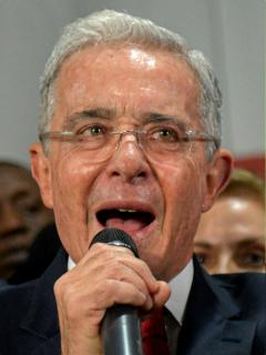 Álvaro Uribe y Alberto Carrasquilla