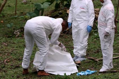Inspección de un cadáver