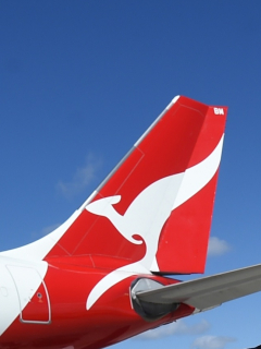 Aterrizó avión de Qantas que hizo vuelo comercial más largo del mundo: Nueva York-Sídney