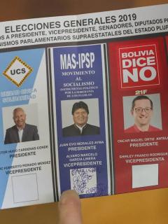 Congelan escrutinio de votación presidencial en Bolivia y acusan a Evo Morales de fraude