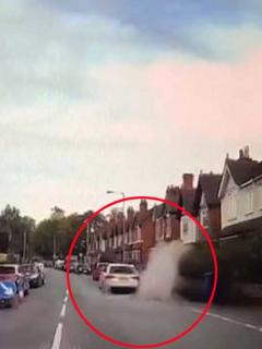 [Video] Lo pillaron echándole charco a una mujer y ahora podría recibir cuantiosa multa