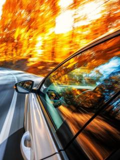 Se grabó manejando a 160 km/h por peligrosa vía, publicó el video y recibió multa