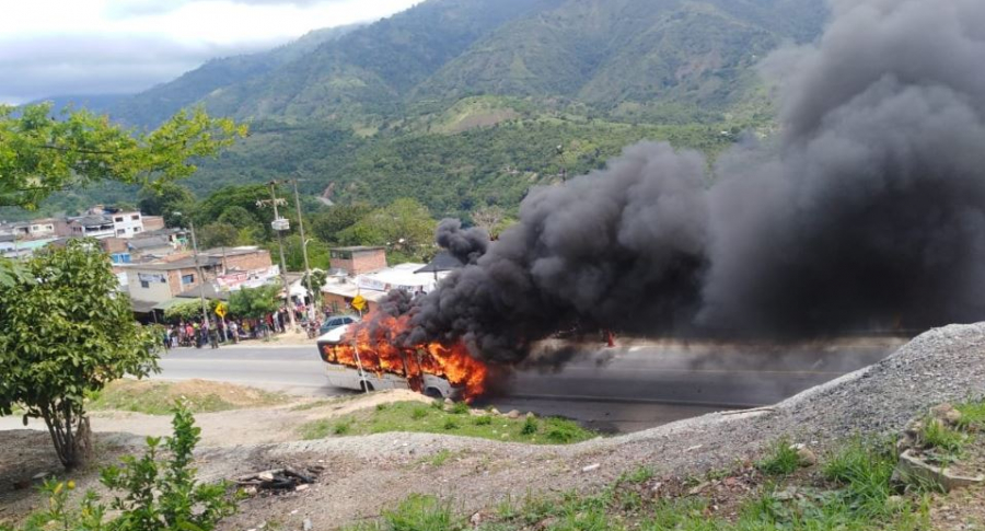 Incendio de bus en Bucaramanga