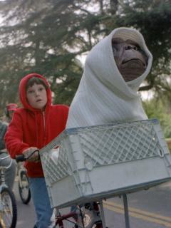 Actor de 'E.T.' estuvo preso por conducir bajo influencia… y no de un extraterrestre