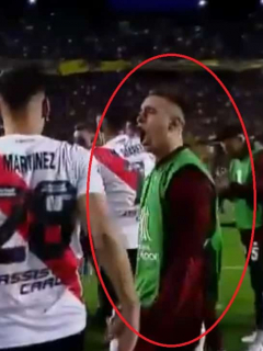 """[Video] """"En su cancha, amigo"""": eufórico festejo de Santos Borré al eliminar a Boca"""