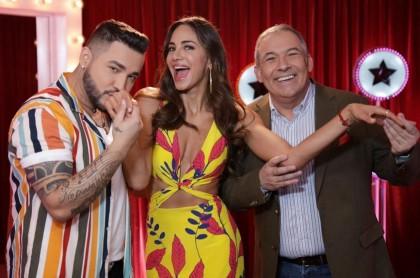 Jessi Uribe, Valerie Domínguez y César Escola