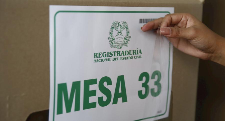 Mesa de votación