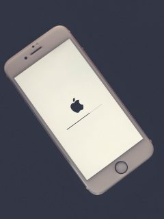 iPhone actualizándose