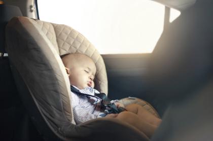 Bebé en el carro