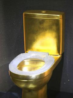¿Le gusta el lujo? Este inodoro, lleno de oro y diamantes, es el más caro del mundo