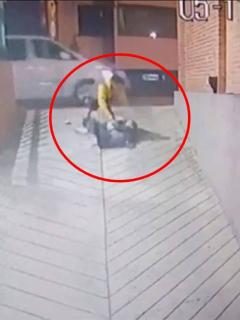 """""""Dios mío, algo va a pasar"""": habla mujer que sufrió brutal golpiza de ladrones en el Chicó"""