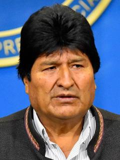 """Evo Morales hace """"viaje temporal"""" a Cuba, pero se desconoce fecha de regreso"""