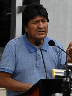"""""""Muchas gracias por salvarnos la vida"""": Evo Morales, al presidente de México"""