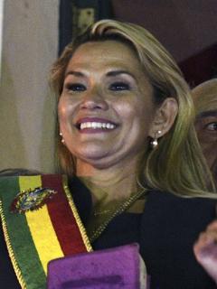 Historia de amor tiene a político colombiano de primer 'damo' en Bolivia