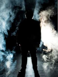 [Video] Obra de teatro acabó en aterradora escena: hombre apuñaló a 3 actores