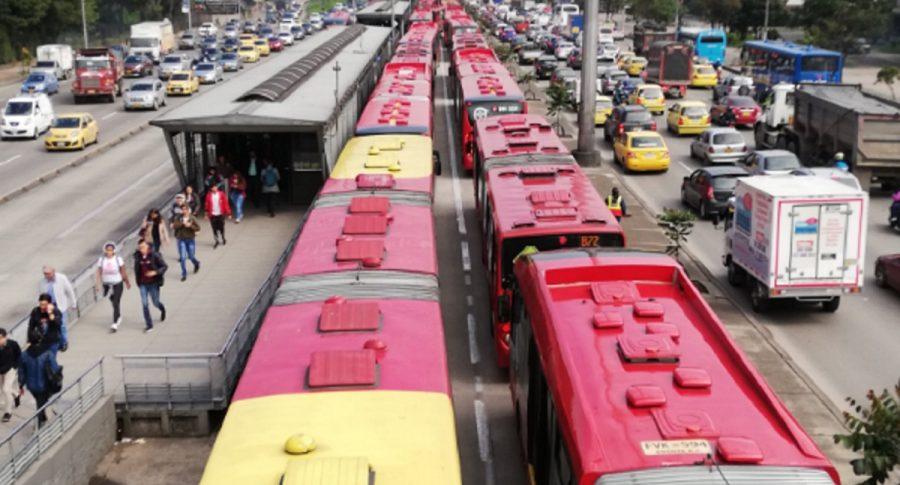 Fila de buses de TM