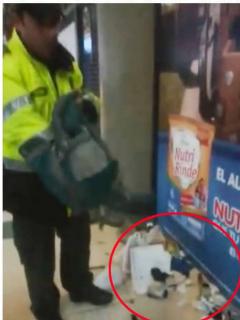 Policías que botaron al piso pertenencias de ciudadano en requisa serán investigados