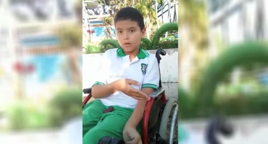 Niño con parálisis cerebral.