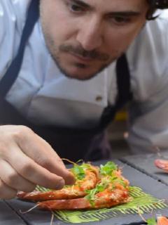 """Un """"paro cardíaco fulminante"""" se habría llevado al reconocido chef Alejandro Cuéllar"""