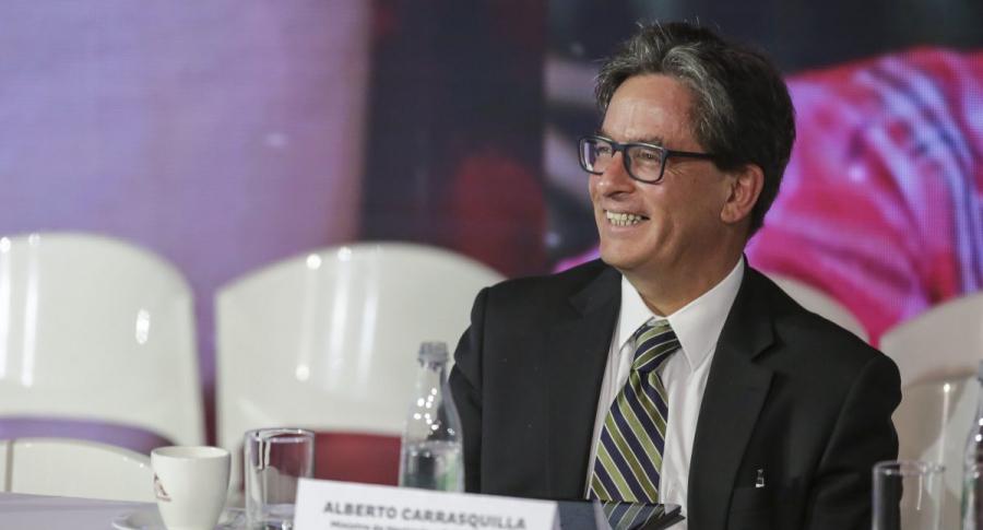 Alberto Carrasquilla, MinHacienda.