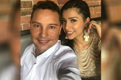 Giovanny Ayala y su esposa.