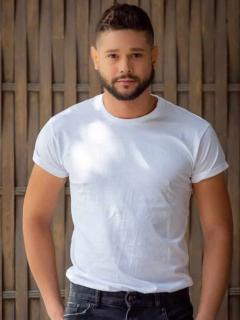 Reconocido actor colombiano reveló que es bisexual; hace poco terminó con su novio