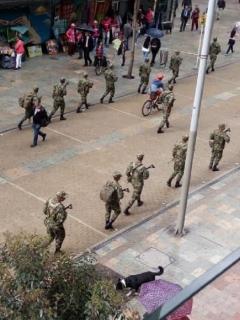 Aunque Mindefensa niega militarización, soldados ya patrullan algunas calles de Bogotá