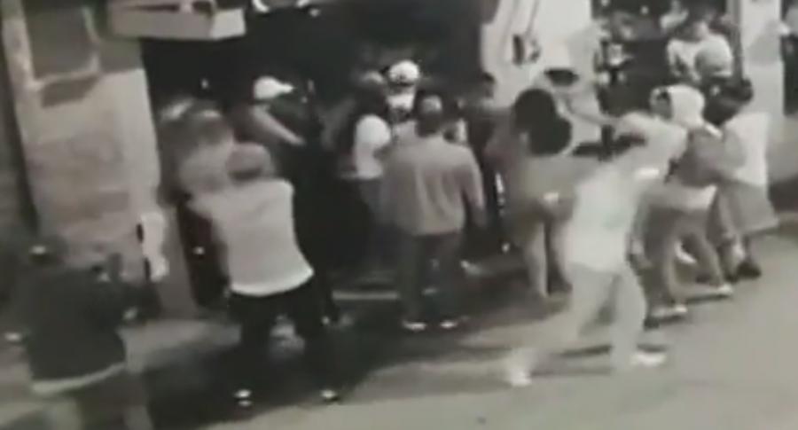 Ataque en bar de Amalfi, Antioquia