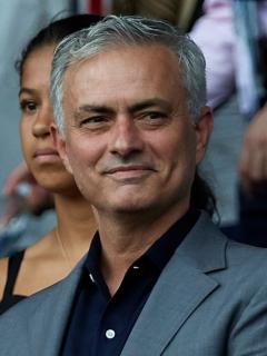 José Mourinho será el nuevo técnico de Dávinson Sánchez en el Tottenham Hotspur
