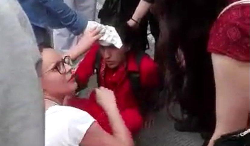 Joven resulta herido en manifestaciones en Bogotá.
