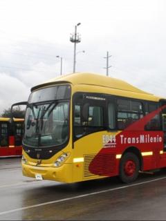 Transmilenio por la Av. 68 es un hecho: se adjudicó el contrato en la era Claudia López
