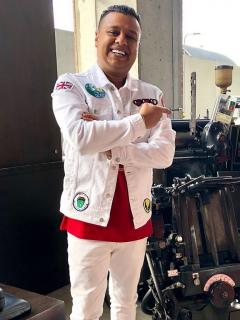 La millonada que pagó Rafael Santos para tener dos dientes de diamante