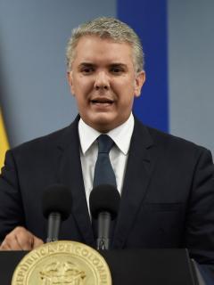 """""""Hablaron los colombianos, los estamos escuchando"""": Duque, mientras retumban las cacerolas"""