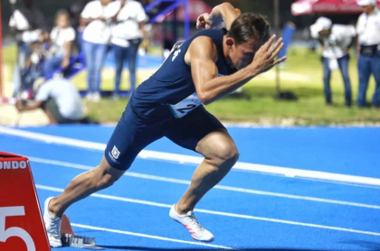 https://www.pulzo.com/deportes/pista-atletismo-juegos-nacionales-2019-recibe-criticas-por-su-material-PP805708